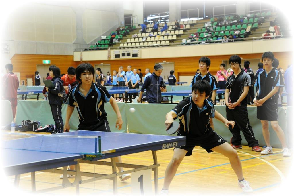 http://www2.shoshi.ed.jp/club/2013.03.03_table_tennis.jpg